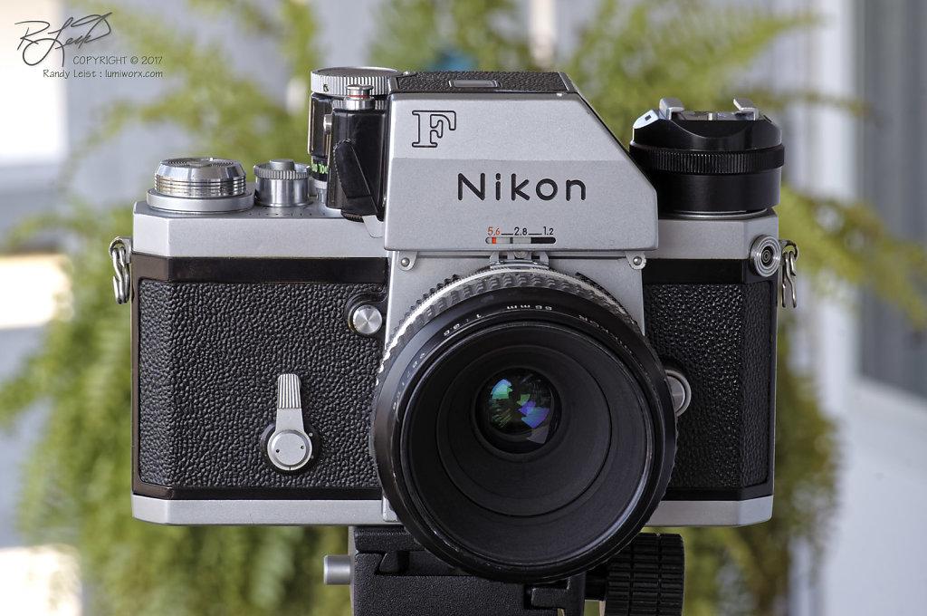 Nikon FTn Photomic w/Micro Nikkor 55mm f/3.5